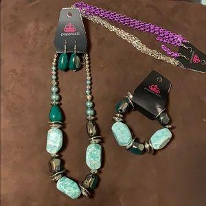 NWT paparazzi necklace lot